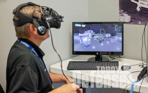 Virtual Reality Maintenance Training (사진: 롤스로이스)